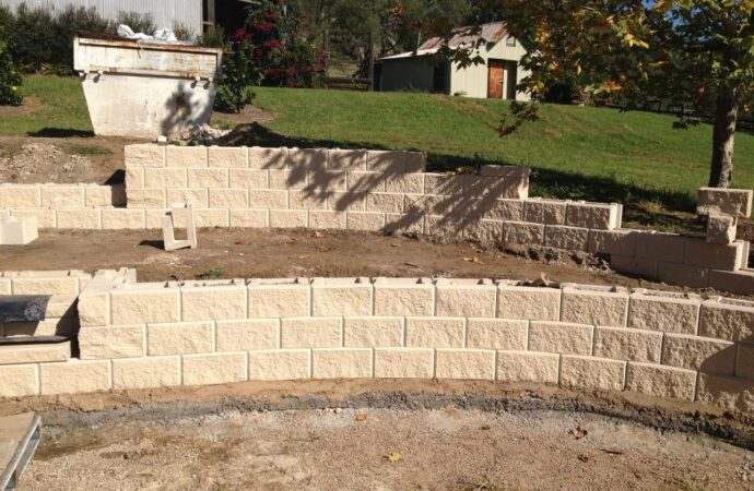 Retaining & Retention Walls-Amarillo TX Landscape Designs & Outdoor Living Areas-We offer Landscape Design, Outdoor Patios & Pergolas, Outdoor Living Spaces, Stonescapes, Residential & Commercial Landscaping, Irrigation Installation & Repairs, Drainage Systems, Landscape Lighting, Outdoor Living Spaces, Tree Service, Lawn Service, and more.